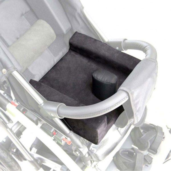 Подушки сужающие сидение (для размера 2) для коляски Akcesmed Гиппо Hpo_137