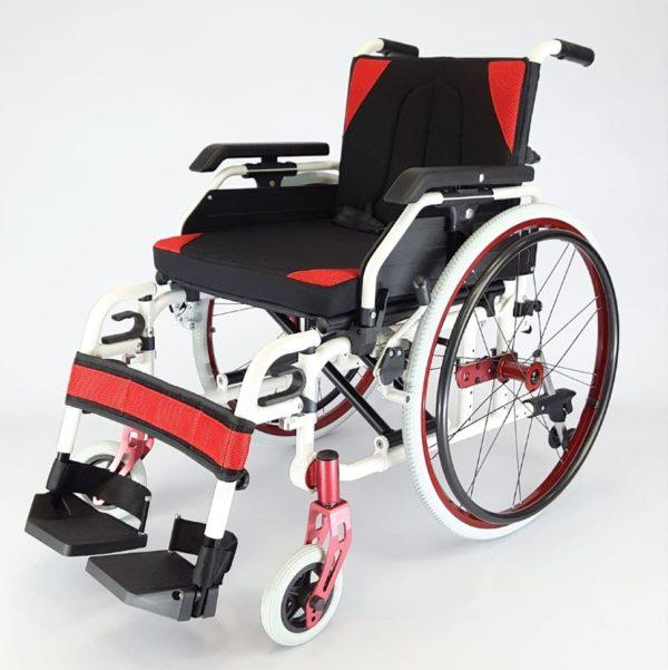 Кресло-коляска инвалидная складная с принадлежностями LY-710 (710-9863), ширина сиденья 46 см.